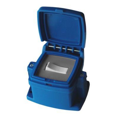 Caja capsulada en superficie azul 1 interruptor...
