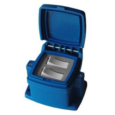 Caja capsulada en superficie azul 2 interruptor...