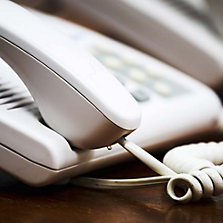 Tel�fonos con Cable