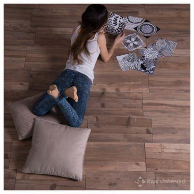 Porcelanato satinado 28 x 57.7 Tavolo natural 1.29 m2